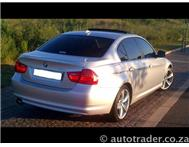 2011 BMW 3 SERIES 330i (AUTO EXCLUSIVE)