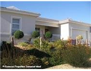 R 2 195 000 | House for sale in Fernwood Somerset West Western Cape