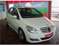 2009 MERCEDES-BENZ B200 TURBO MANUAL WHITE 52000KM R209995.00