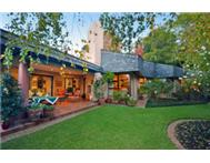 PARKTOWN. An enchanting cluster situated in an exclusive complex
