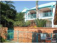 Townhouse For Sale in FAERIE GLEN PRETORIA