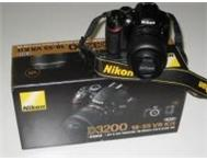 Nikon D3200 With 18-55mm VR and AF 70-300mm. Newcastle