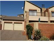 2 Bedroom Townhouse for sale in Rangeview Ext 4