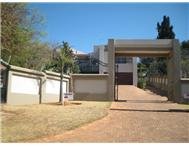 3 Bedroom Townhouse for sale in Constantia Kloof
