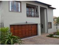 3 Bedroom Townhouse for sale in Noordheuwel & Ext