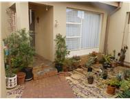 2 Bedroom 1 Bathroom Townhouse for sale in Langenhovenpark