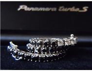 18ct White Gold ladies Tennis Bracelet Brilliant cut Diamonds.
