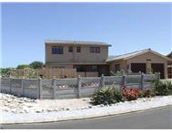 4 Bedroom house in Yzerfontein