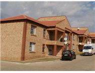 R 432 000 | Flat/Apartment for sale in Doringkruin Klerksdorp North West
