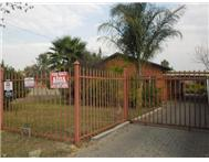 R 680 000 | House for sale in Claremont Moot West Gauteng