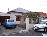 Claremont 3 bed 2 bath house garage (Loch)