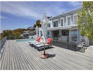 3 Bedroom Apartment / flat for sale in Bantry Bay