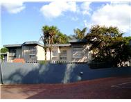 3 Bedroom duplex in Waterkloof Glen