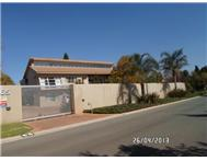 Property to rent in Northcliff Ext 25