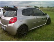 Selling Renault clio 3 2.0 sport model 2007 145 KM