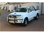 2011 Toyota Hilux 4 x 4 - Cab and a Half