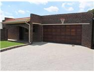 3 Bedroom House for sale in Bonaero Park