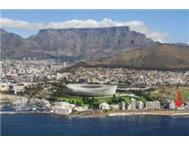 Stunning Mouille Point apartment available 13 July - 11 August!