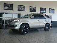 2012 TOYOTA FORTUNER 3.0 D-4D 4x2 - Rev Camera Tel Side Steps Very Low Km s As New
