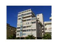 Sea Point 2 Bedroom Flat to rent