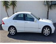 MERCEDES BENZ C320 CDI Auto 2005 (WHITE)
