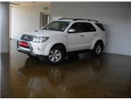 2011 Toyota FORTUNER 4X4 (A)