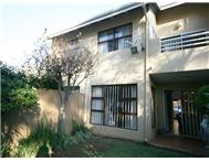 3 Bedroom Townhouse for sale in Bedford Gardens