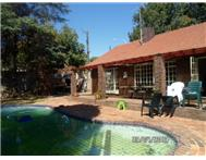 Property to rent in Northcliff Ext 26