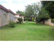 LARGE FAMILY HOME TO RENT IN FONTAINEBLEAU RANDBURG