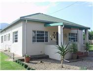R 799 000 | House for sale in Kirkwood Kirkwood Eastern Cape