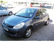 Renault Clio lll 1.6 Dynamique 5dr with only 45 000km!
