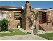 R 590 000 | House for sale in Strelitzia Park Uitenhage Eastern Cape