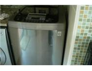 16 KG LG Direct drive Topload washing machine LIKE NEW !!