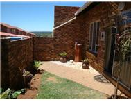 3 Bedroom Townhouse to rent in Olivedale
