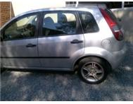 Ford fiesta 1.6 2005 year model for sale