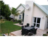 Townhouse For Sale in MONTE SERENO SOMERSET WEST