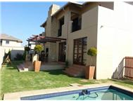 Cluster For Sale in Honeydew Manor ROODEPOORT