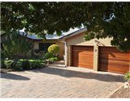 3 Bedroom House for sale in Durbanville Hills