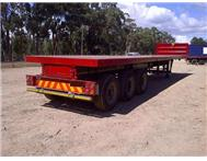 2005 SATB 3 AXLE TRAILER with container locks