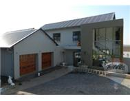 Property to rent in Waterkloof Park