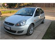 For Sale: Ford Fiesta Silver 2006...