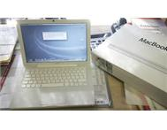 MacBook 5 2 hardly used - EXCELLENT CONDITION