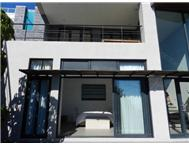 Apartment to rent monthly in GREEN POINT CAPE TOWN
