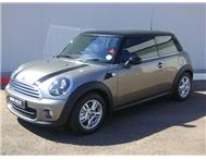 Mini - Cooper Mark III Facelift (90 kW) Steptronic