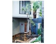 R 1 300 000 | Townhouse for sale in Waterkloof Glen Pretoria East Gauteng