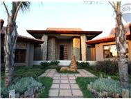 6 Bedroom House for sale in Mooikloof Heights