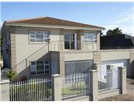 4 Bedroom House for sale in Rondebosch East