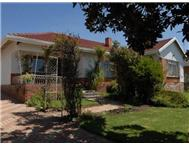 R 850 000 | House for sale in Florida Lake Roodepoort Gauteng