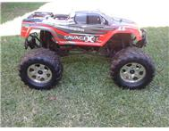 RC Trax xax RTR Savage X 4.6