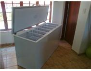 DEFY FRIDGE AND FREEZER-BOX TYPE-GOOD CONDITION-PRETORIA GAUTENG